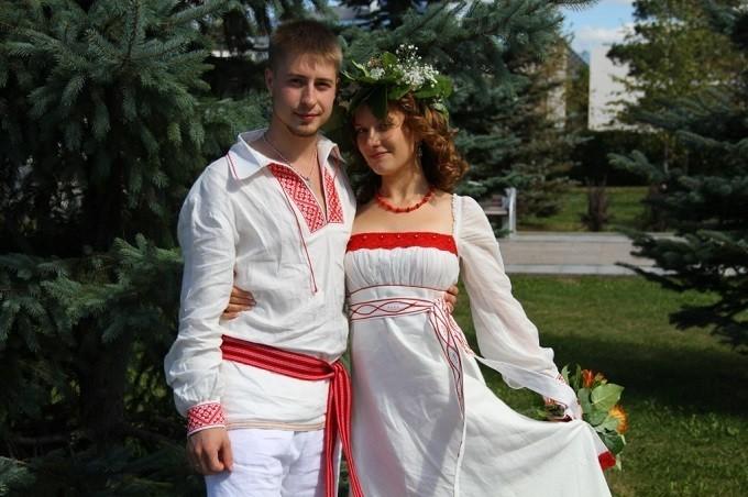 eblya-starih-i-russkih-molodih