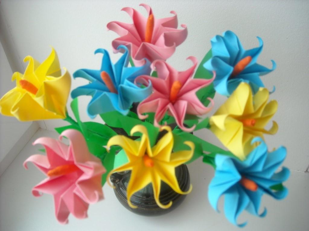 Поделка из бумаги цветок своими руками