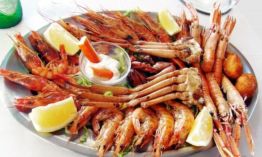 Правильная подача морепродуктов к столу