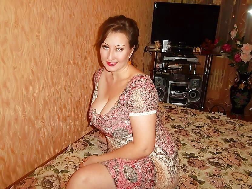 Жена на домашних фотках