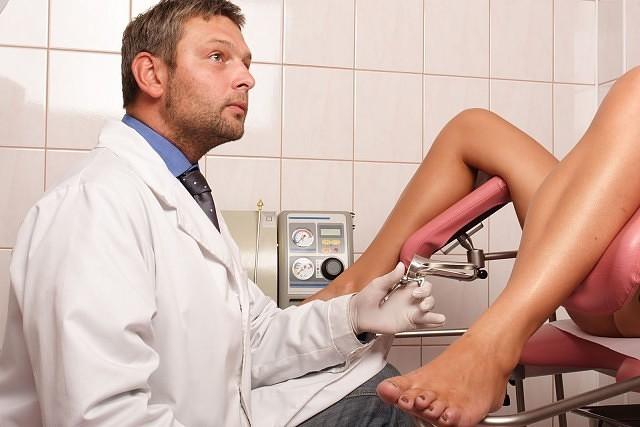 porno-na-kresle-ginekologa