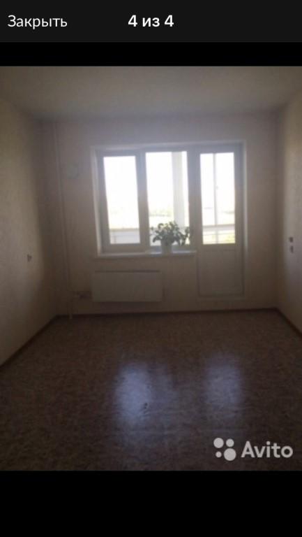 Сдам однокомнатную квартиру, 40 кв.м, на длительный срок, оплата 11тыс+свет , вода по счётчику, русским, без животных, Квартира без мебели..