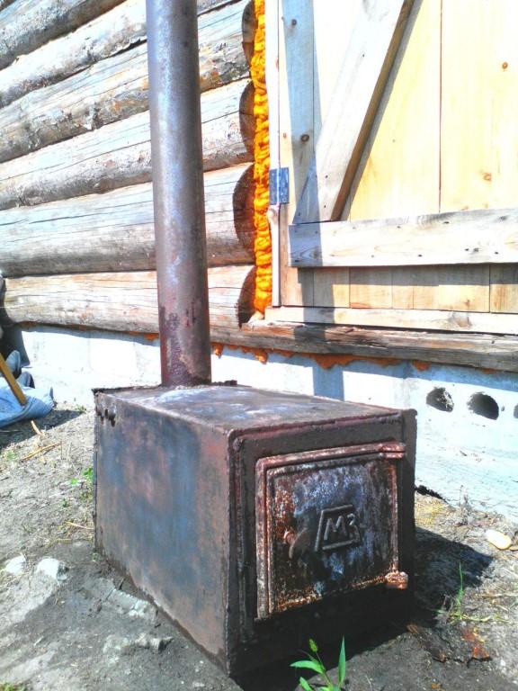 Продам железную печку, толщина железа 6 миллиметров, цена 2000 руб.