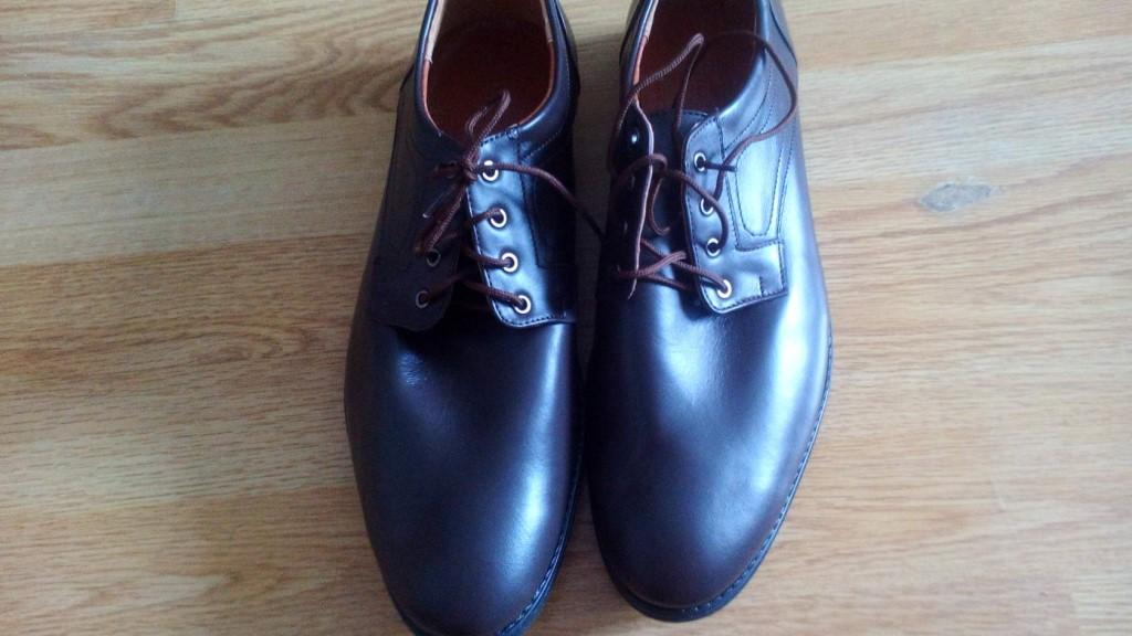 Продаю мужские кожаные ботинки, весна-осень.