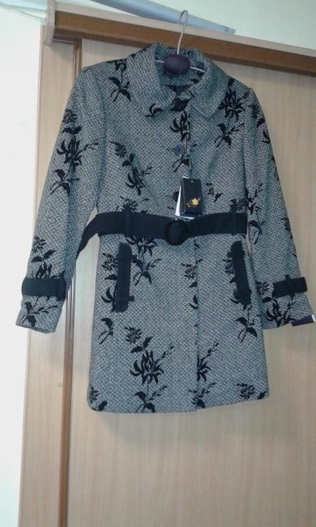 Продам новое пальто р-р 50 осень, цена 500 руб.