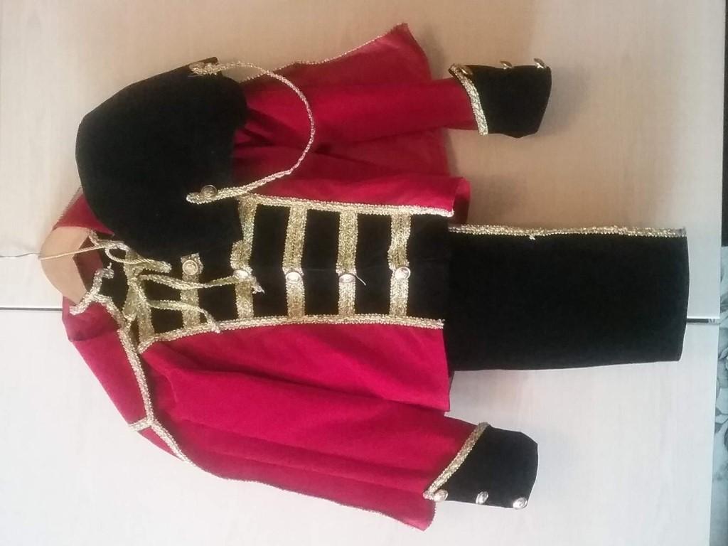 Продам новогодний костюм гусара 36 размер тел 89528808965