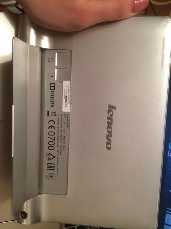Продам планшет работает отлично батарею тоже держит не плохо, есть небольшие потёртости продаю за ненадобностью, цена 6500 возможен торг.