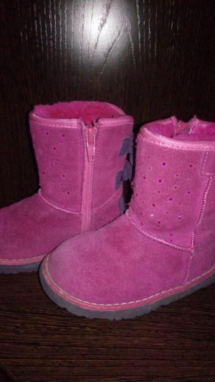Продам детскую обувь в отличном состоянии