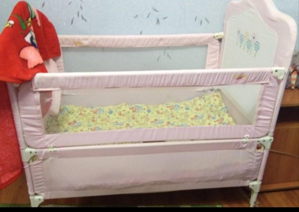 СРОЧНО  продам детскую кроватку!